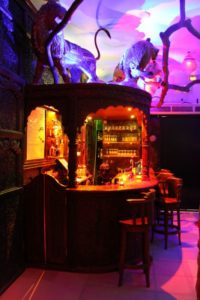 Eclipse : Le Bar